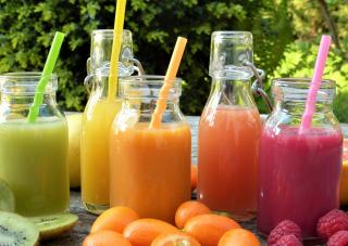 1日6本のジュースに食事を置き換え!新しい健康法:ジュースクレンジングとは?